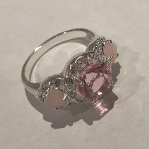 Avon Legacy Riches Ring Pink - Size 7